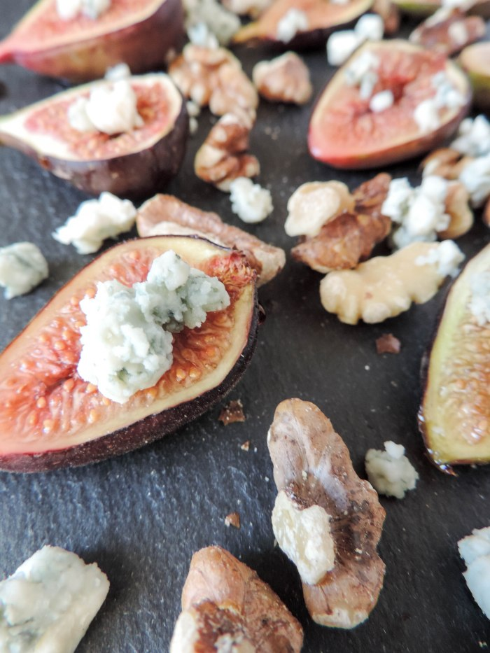 Roasted Figs with Blue Cheese and Walnuts- Boston Chic Party-6