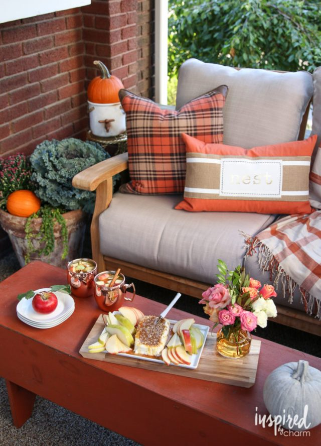 outdoor-fall-party-via-inspired-by-charm